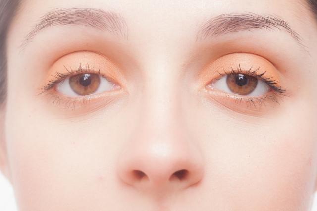 目が痛い、目がコロコロする、目に小さなふくらみができている・・・そんな目の症状は「ものもらい(麦粒腫)」が原因かもしれません。